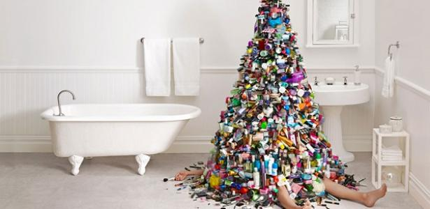 Decluttering: Less is More in the Holiday Season.